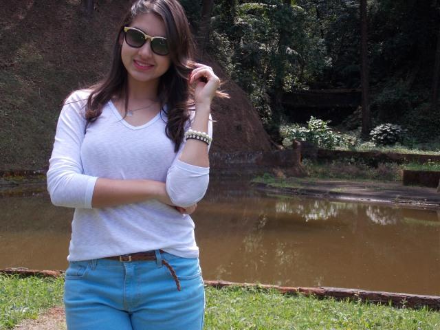 jeans branco oncinha